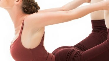 10 yoga poses to become more flexible (1)