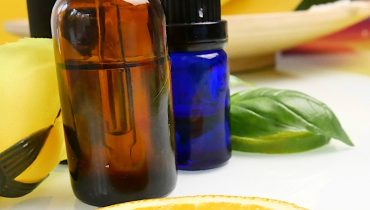 fragrance oils vs essential oils cushy spa