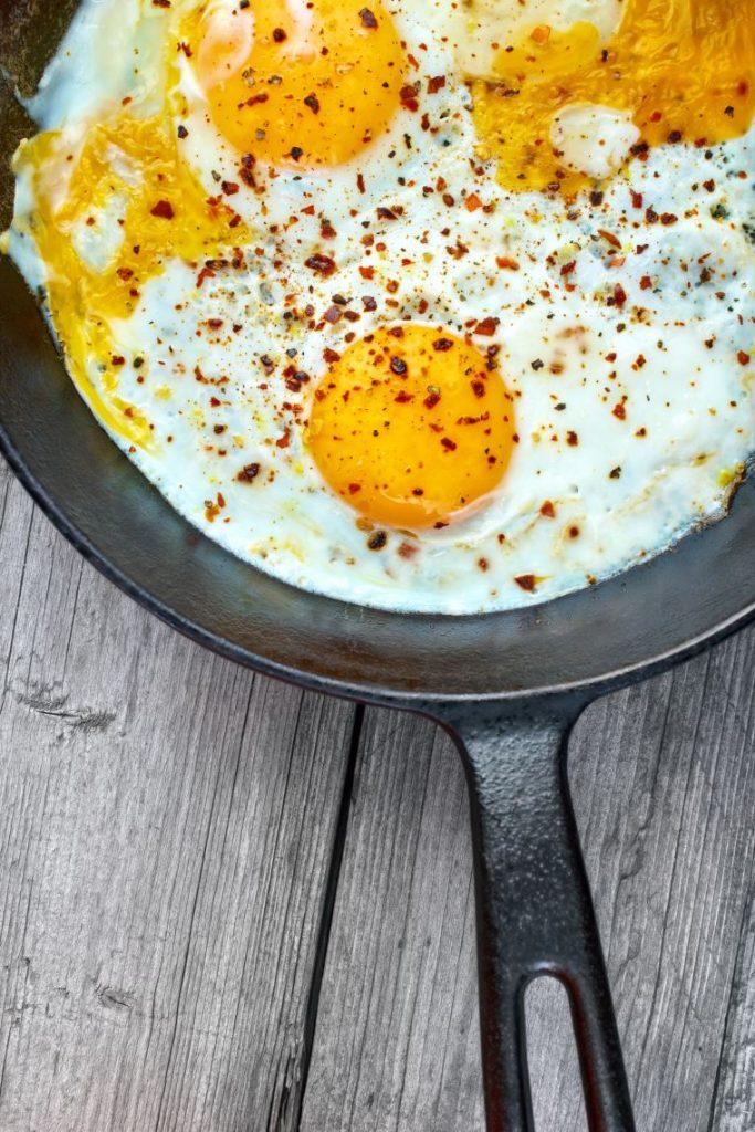 fried eggs for keto