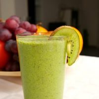 Chia, Hemp, Spinach and Banana Super Smoothie