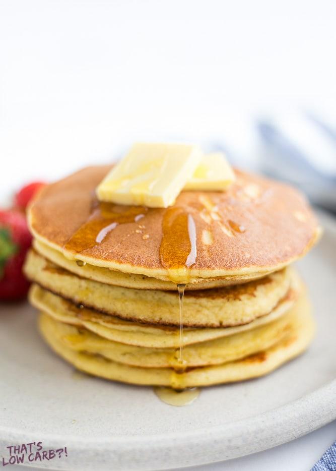6-Ingredients Keto Pancakes