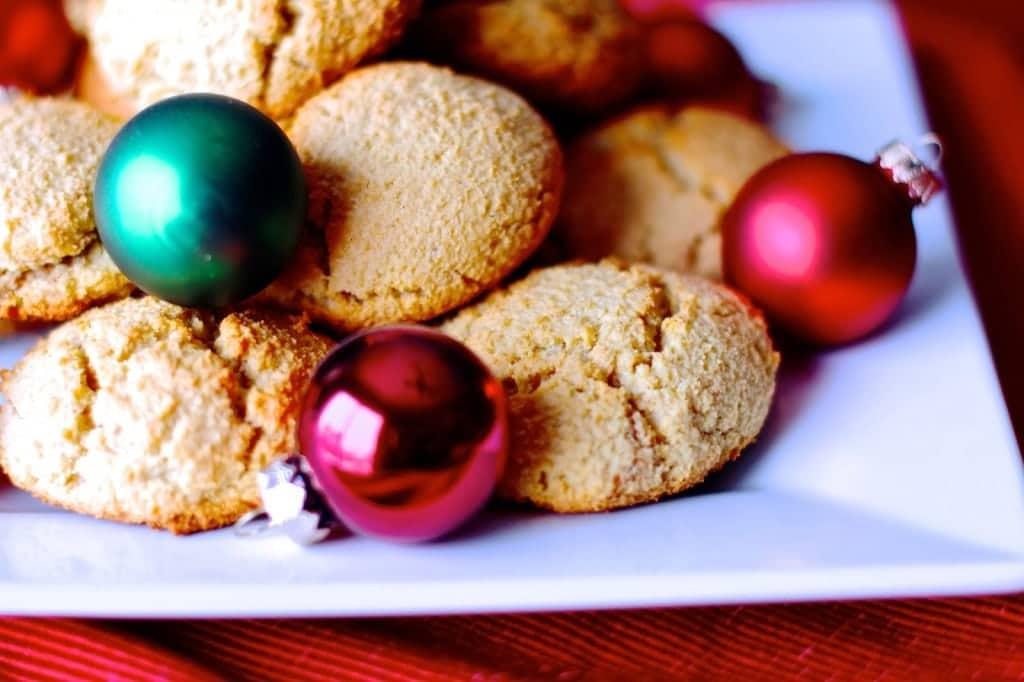 Vanilla Almond Christmas Cookies