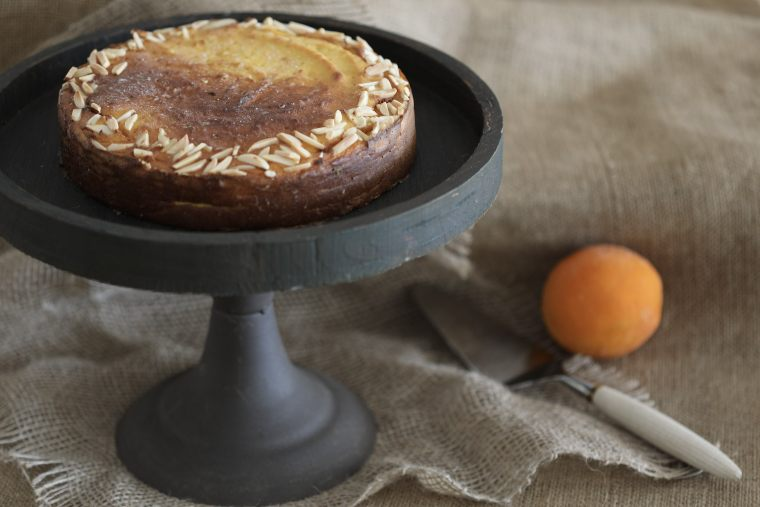 Low Carb Orange and Almond Cake