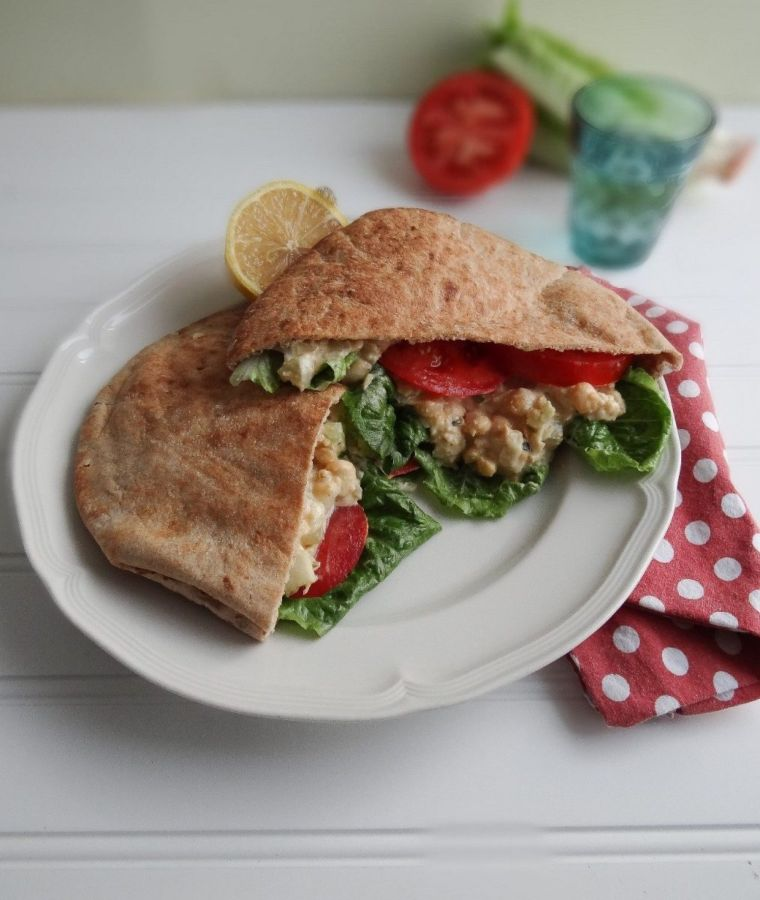 Chickpea Sea Salad Sandwiches