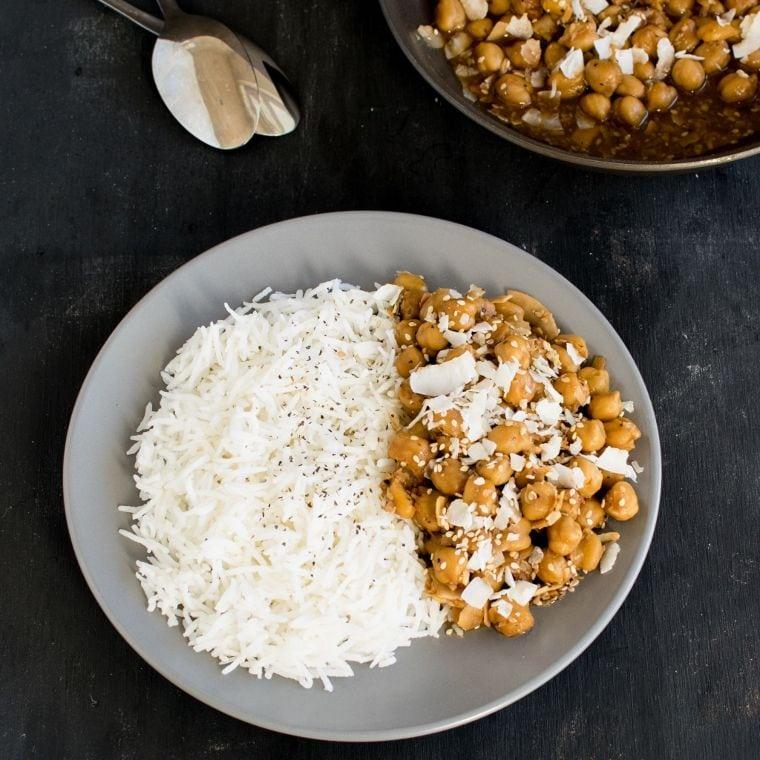 Garlicky Sesame Chickpeas