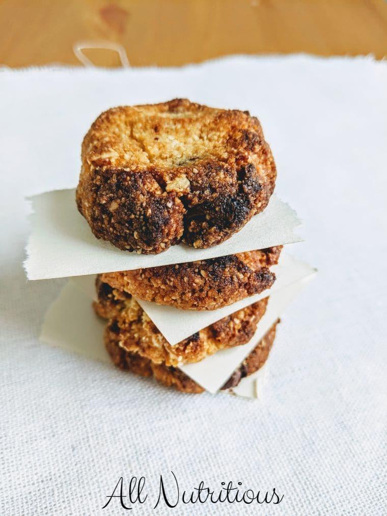 Ketogenic Chocolate Chip Cookies