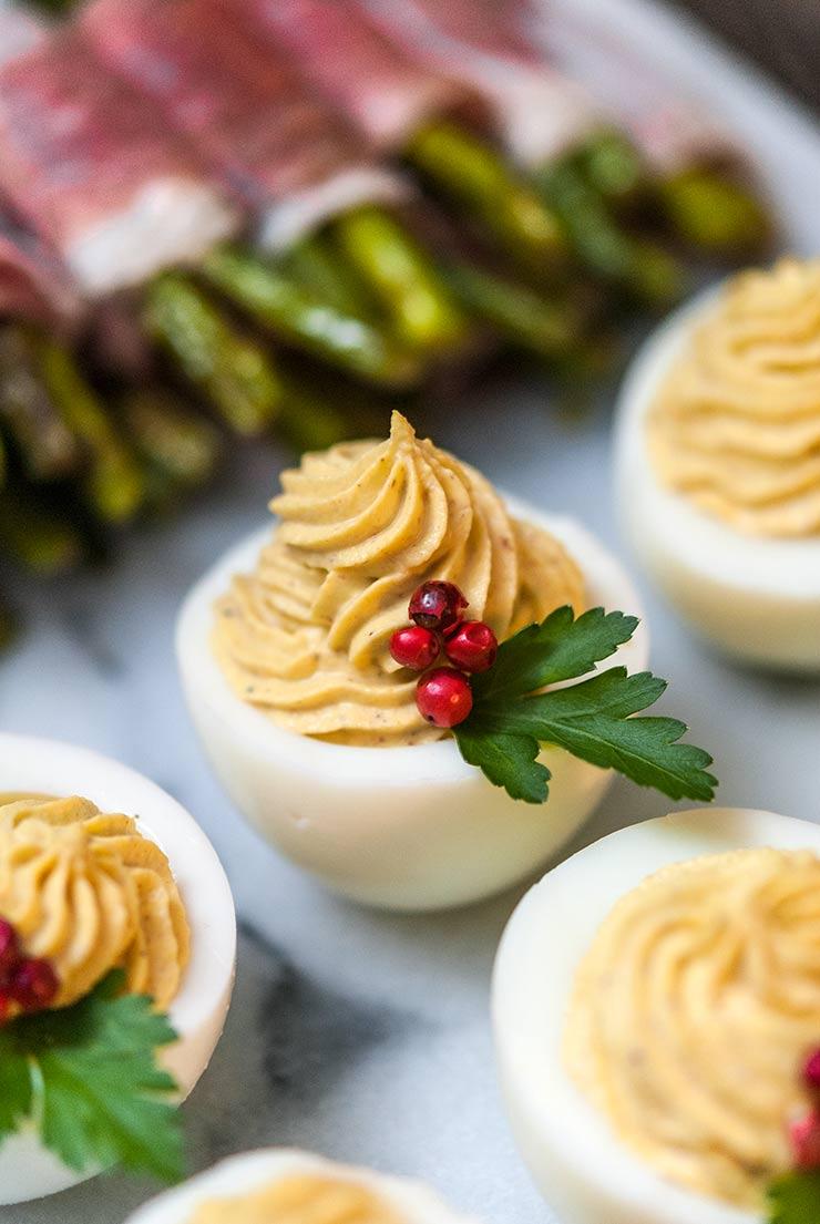 Christmas Deviled Eggs