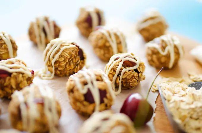 Cherry Cheesecake Oat Cookies