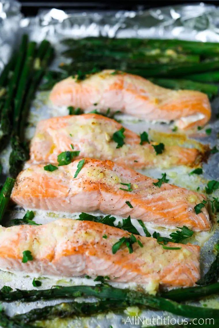 Keto Salmon & Asparagus