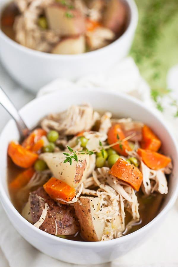 Crockpot Vegetable Chicken Potato Soup